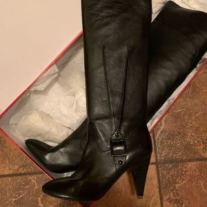 Women's Tall Leather Boots